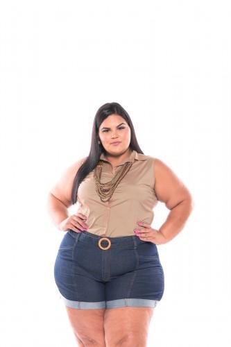 Shorts Jeans com Barra Dobrada