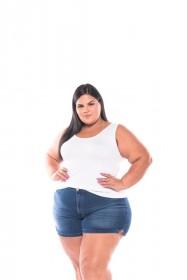 Shorts Feminino Plus Size Boyfit Com Fendas Jeans
